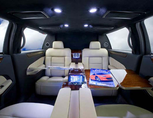 www.limousinesWorld.com - New Mercedes Benz S class BMW Audi Chrysler luxury vehicles and SUV limos -