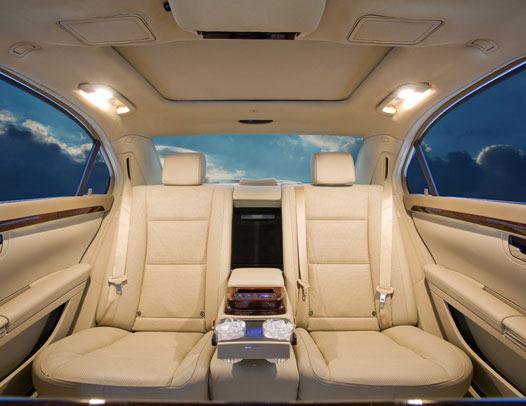 www.limousinesWorld.com - New Mercedes Benz S class BMW Audi Chrysler Cadillac -