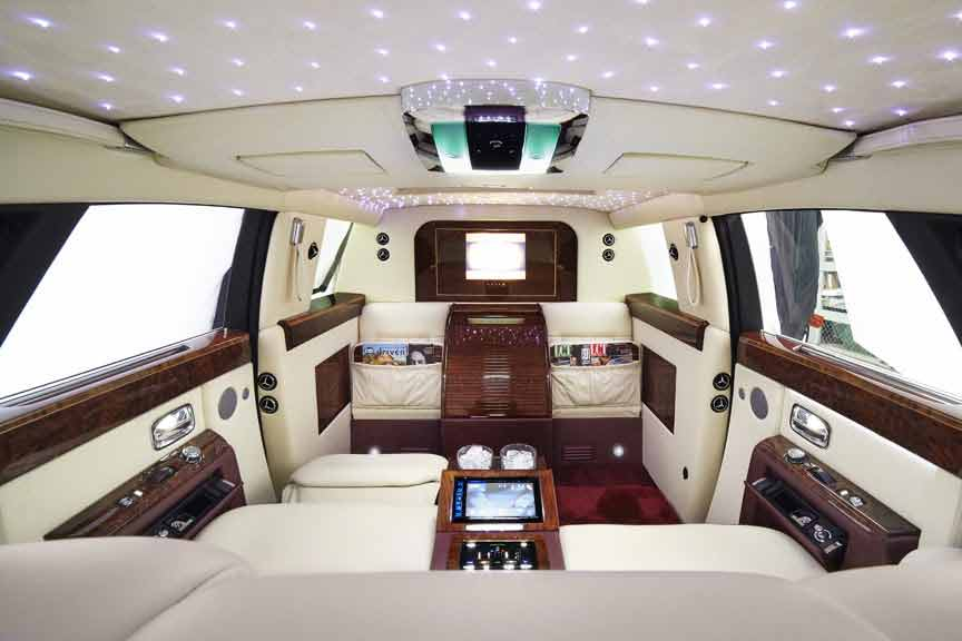 Limousinesworld.com - Rolls Royce Limousine - SUV Limos Manufacturer