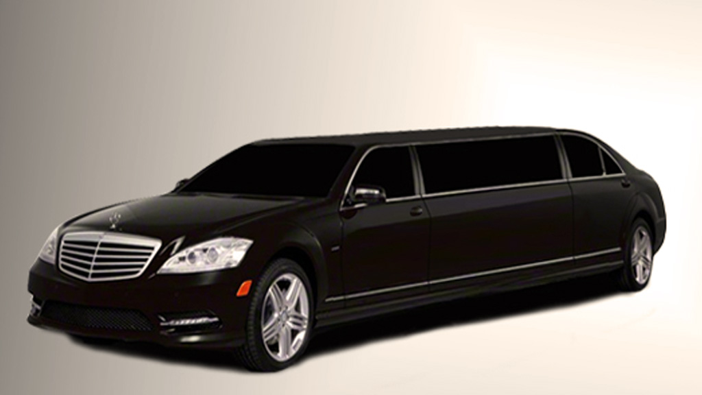 Mercedes s class limousine manufacturer usa for Mercedes benz limo