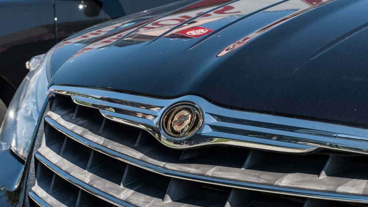 "The RHD Chrysler 300 70"" Limousine"