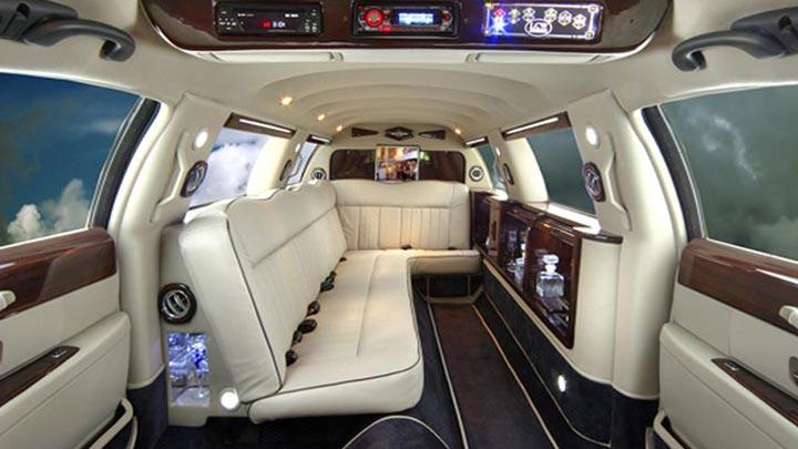Bmw Limousine Limousinesworld Custom Bmw Suv Limos